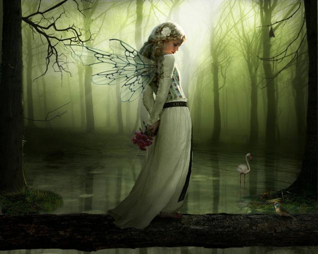 Green Fairy courtesy of www.escapeintolife.com